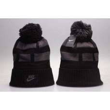 Шапка Nike grey with black