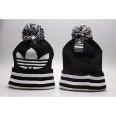 Шапка Adidas black White з балабоном