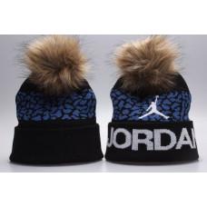 Шапка Air Jordan синяя с белым лого