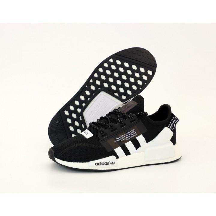 Кроссовки Adidas NMD R1 V2 в наличии черные с белым