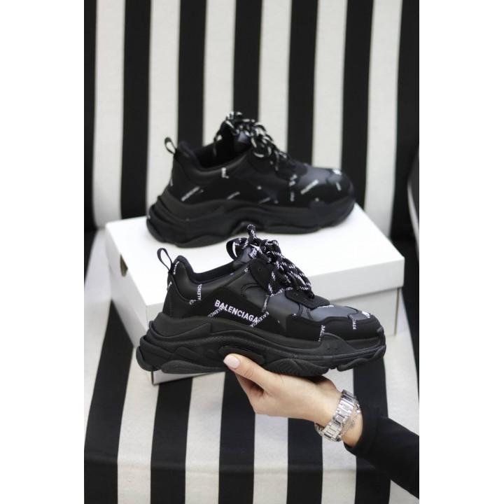 Модные кроссовки Balenciaga Triple S Black логотип