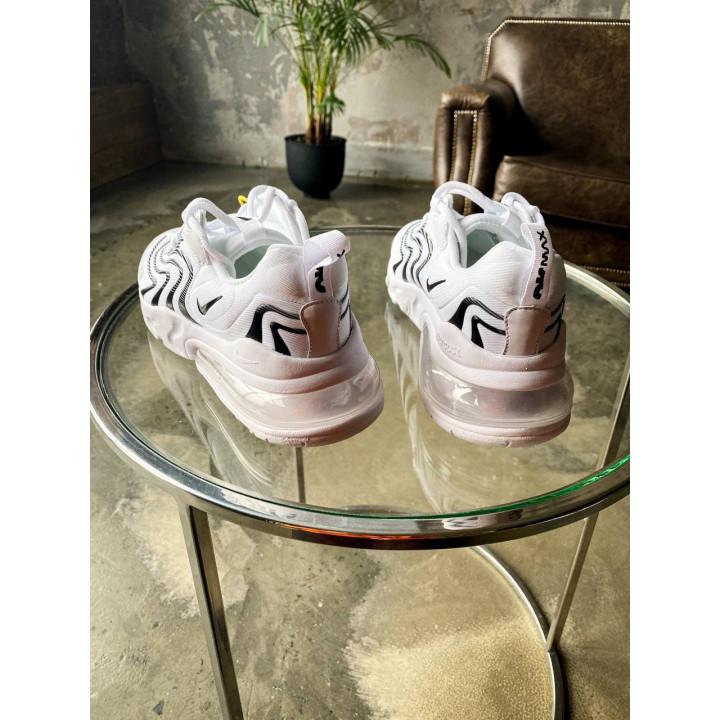 Nike Air Max 270 React Eng білі в наявності