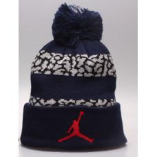 Шапка Air Jordan темно синяя с помпоном