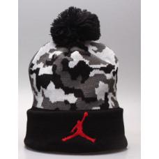 Шапка Air Jordan черная камуфляж с помпоном