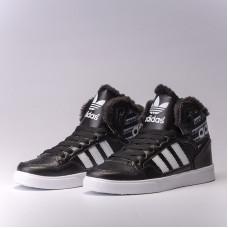 Зимние Adidas Extaball W черные