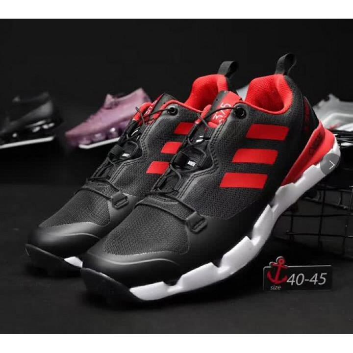 Кроссовки Adidas terrex, 375 goretex черные