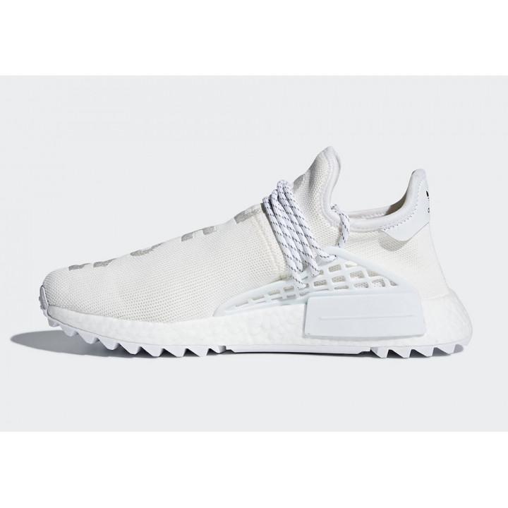 Кроссовки adidas NMD Hu Trail белые в наличии
