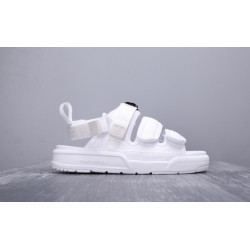 Сандалии New Balance SD3205BK White Color 2019