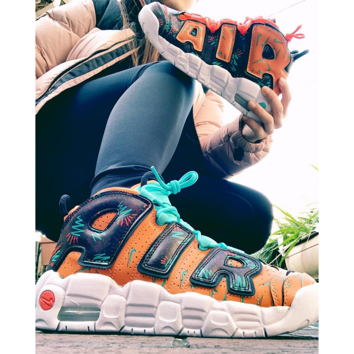 Кросівки Nike Air More Uptempo What The 90s помаранчеві