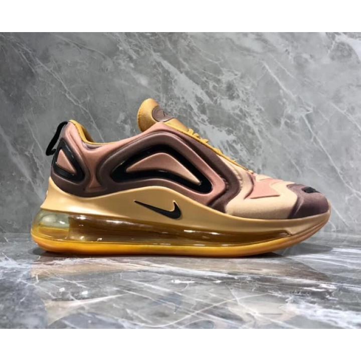 Nike Air Max 720 золото