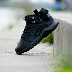 Nike Huarache Winter Acronym all black